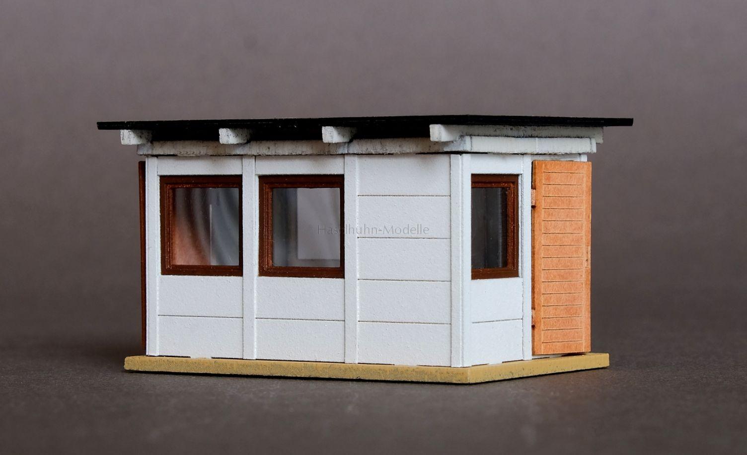 Bausatz für eine Rangierer-Bude bzw. Gartenlaube im Fertigteil-Stil 1:87 / H0