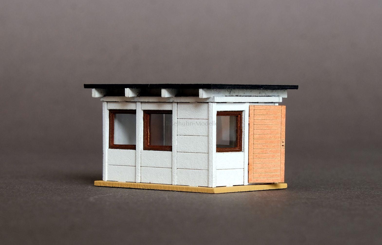 Bausatz für eine Rangierer-Bude bzw. Gartenlaube im Fertigteil-Stil 1:120 / TT